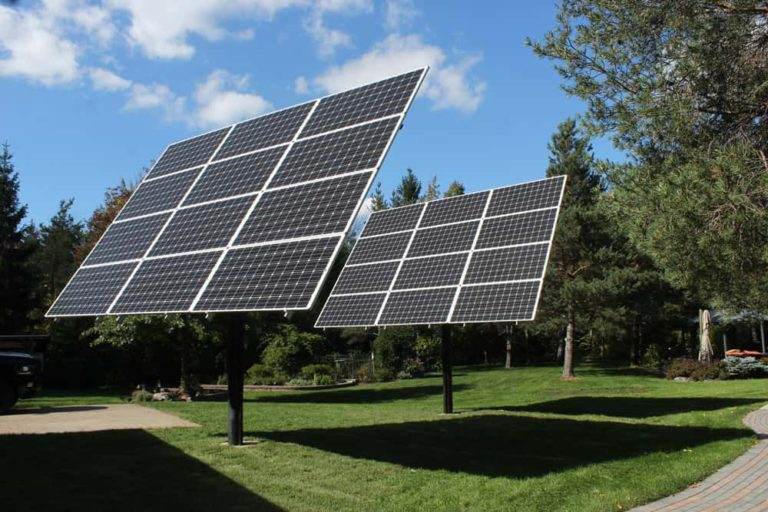 green eco solutions solar-pole-mounted-backyard-after-installation solar panels